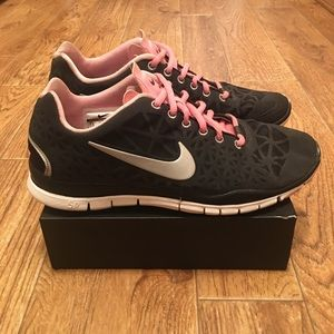 NIKE Free TR Fit 3 Women's Training Shoes (used)